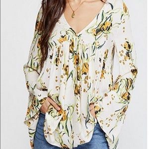 🎉HP🎉 Free People Bella floral tunic NWT